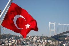 640px-Turkey_flag[1]